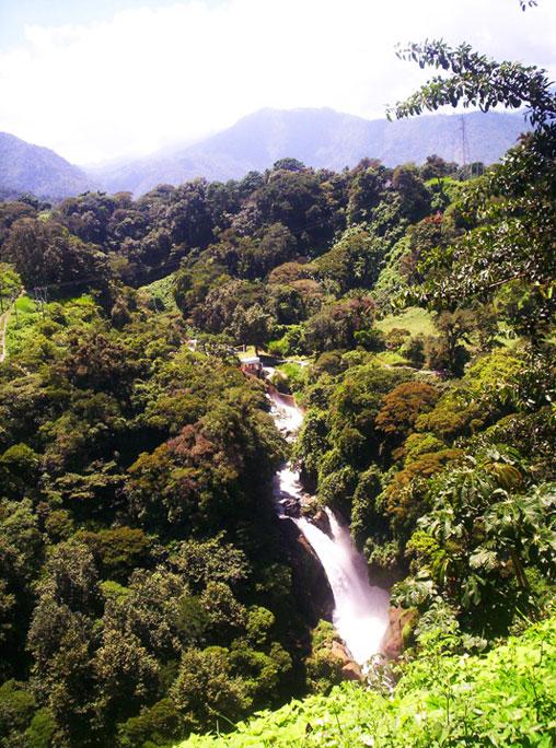 Cascada del Elefante y 500 escalones.