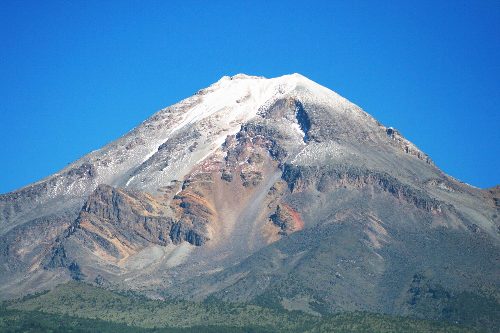 Pico de Orizaba desde Atzitzintla Puebla.